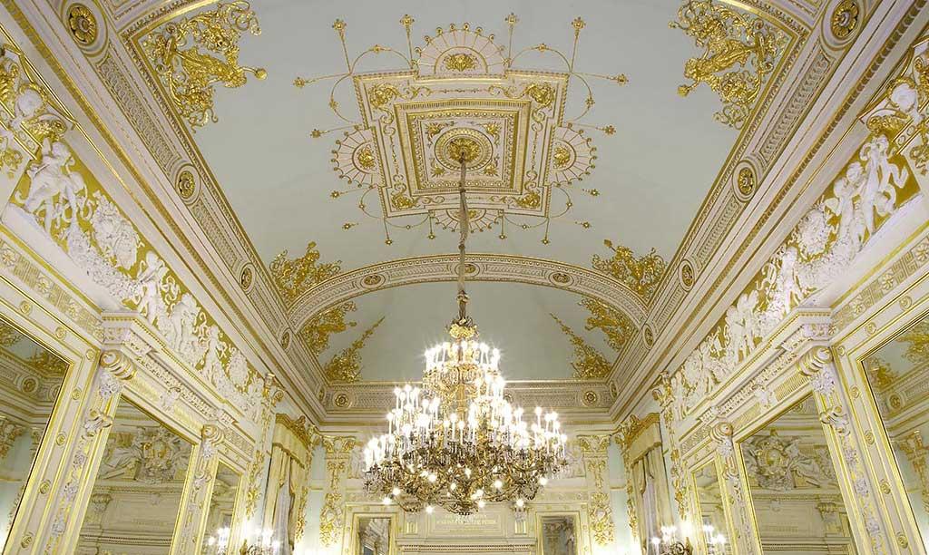 I maestri degli stucchi decorativi: ASF Enterprise – Toscan Stucchi